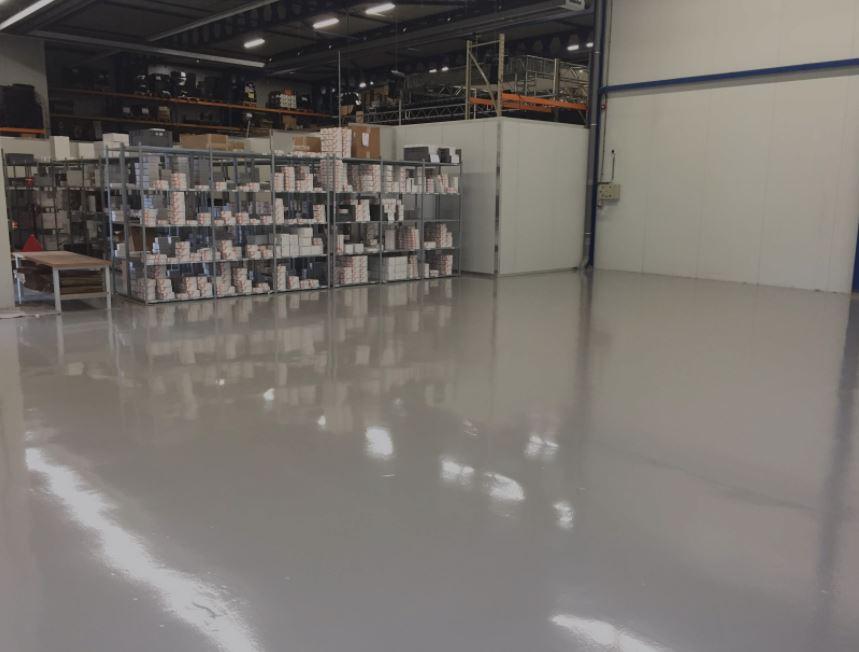 Epoxy rolvoer basic cleaning Breda