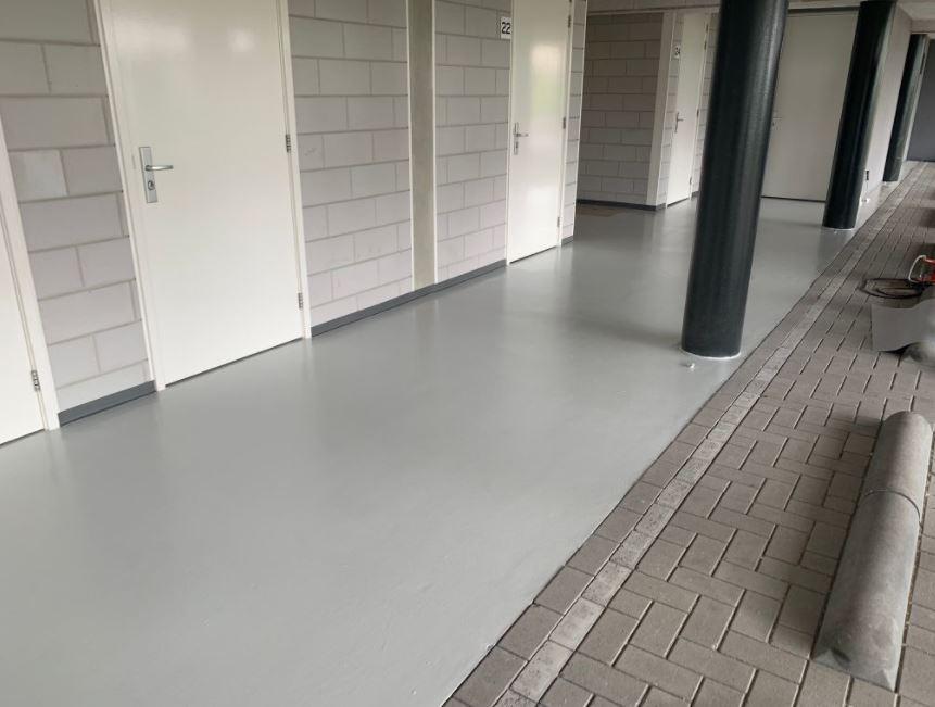 Epoxy rolvoer garage